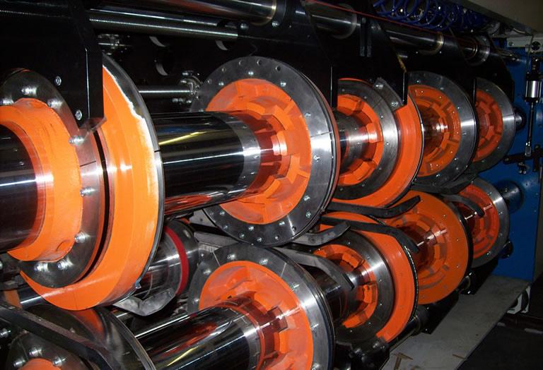Acorsys cuenta con un departamento técnico especializado en reparación de maquinaria del sector del cartón